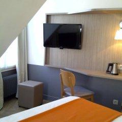 Отель Contact ALIZE MONTMARTRE 3* Стандартный номер с различными типами кроватей фото 31