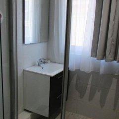 Отель Residence Champs de Mars 3* Стандартный номер с двуспальной кроватью фото 13