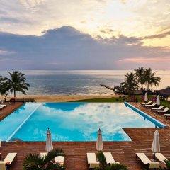 Отель Chen Sea Resort & Spa бассейн фото 3