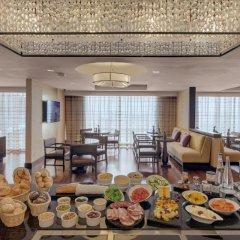 Kempinski Hotel Gold Coast City 5* Улучшенный номер с различными типами кроватей