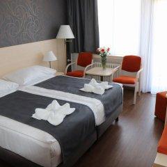 Hotel Krystal 3* Улучшенный номер с двуспальной кроватью фото 2