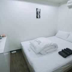 Отель Monster Guesthouse 2* Стандартный номер с двуспальной кроватью фото 3
