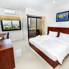 Отель The Topaz Residence 3* Номер Делюкс