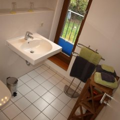 Отель VogelsNest Германия, Дрезден - отзывы, цены и фото номеров - забронировать отель VogelsNest онлайн ванная