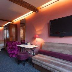 Hotel Diamonds and Pearls 2* Люкс с различными типами кроватей фото 8
