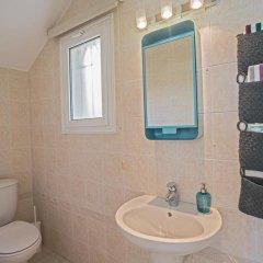 Отель Narcissos Bay View Villa Кипр, Протарас - отзывы, цены и фото номеров - забронировать отель Narcissos Bay View Villa онлайн ванная фото 2