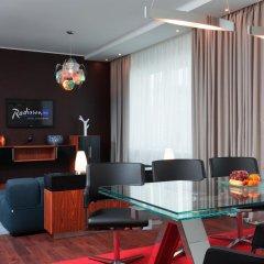 Гостиница Radisson Blu Челябинск 5* Стандартный номер с разными типами кроватей фото 2
