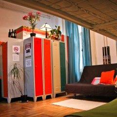 Hostel Budapest Center Стандартный номер с различными типами кроватей фото 3