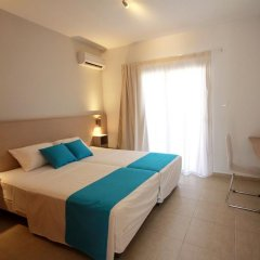 Sea Cleopatra Napa Hotel комната для гостей