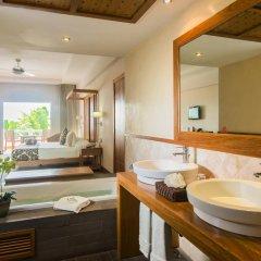 Отель Be Live Experience Hamaca Beach - All Inclusive Доминикана, Бока Чика - 1 отзыв об отеле, цены и фото номеров - забронировать отель Be Live Experience Hamaca Beach - All Inclusive онлайн ванная фото 2