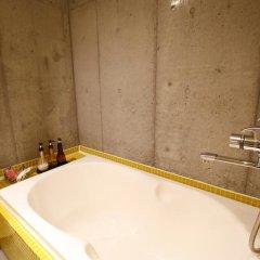 HOTEL THE HOTEL Shinjuku Kabukicho - Adult Only 3* Стандартный номер с двуспальной кроватью фото 37