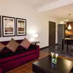 Movenpick Hotel Apartments Al Mamzar Dubai 5* Улучшенный номер с различными типами кроватей фото 6
