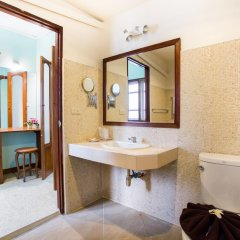 Отель Anahata Resort Samui (Old The Lipa Lovely) ванная фото 2