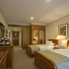 Отель Amman International 4* Улучшенный номер с двуспальной кроватью фото 5