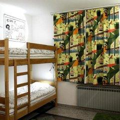 The Cherry Hostel Кровать в общем номере с двухъярусной кроватью фото 10