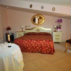 Hotel Scilla 3* Стандартный номер двуспальная кровать фото 16