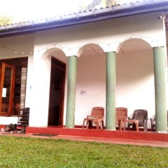 Отель Hikka Train Hostel Шри-Ланка, Хиккадува - отзывы, цены и фото номеров - забронировать отель Hikka Train Hostel онлайн помещение для мероприятий