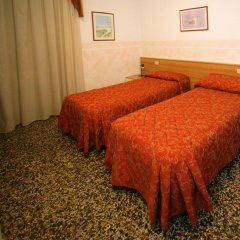 Отель ASSAROTTI 2* Стандартный номер фото 3
