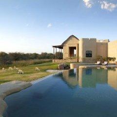 Отель Anantara Al Sahel Villa Resort бассейн