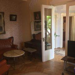 Отель Guest House Dzevera Грузия, Тбилиси - отзывы, цены и фото номеров - забронировать отель Guest House Dzevera онлайн интерьер отеля