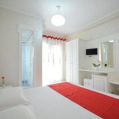 Iliria Internacional Hotel 4* Номер Делюкс с различными типами кроватей фото 2