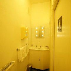 Отель Green Park Guest House ванная