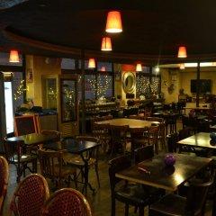 Отель Hôtel Obododo Париж гостиничный бар