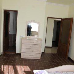Отель Hayk House 10 in Tzahkadzor Армения, Цахкадзор - отзывы, цены и фото номеров - забронировать отель Hayk House 10 in Tzahkadzor онлайн комната для гостей фото 3