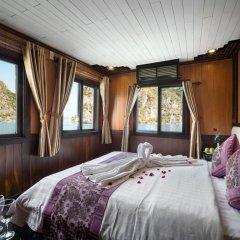 Отель Halong Apricot Cruise в номере