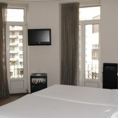 Отель Hostal Alemana Сан-Себастьян удобства в номере