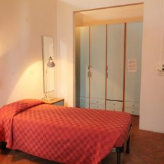 Хостел Orsa Maggiore (только для женщин) Кровать в общем номере с двухъярусной кроватью фото 8