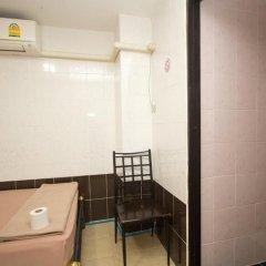 Отель At Home Guest House ванная