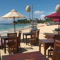 Отель Thaproban Beach House питание фото 2