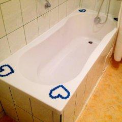Отель Kalofer Hotel Болгария, Солнечный берег - 1 отзыв об отеле, цены и фото номеров - забронировать отель Kalofer Hotel онлайн ванная фото 2
