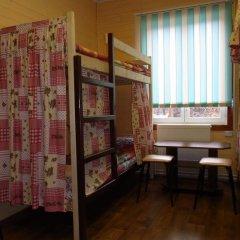 Hostel Favorit Кровать в общем номере с двухъярусной кроватью фото 8