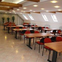 Отель Pannonia Венгрия, Силвашварад - отзывы, цены и фото номеров - забронировать отель Pannonia онлайн помещение для мероприятий фото 2