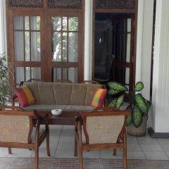 Отель Surf Villa Шри-Ланка, Хиккадува - отзывы, цены и фото номеров - забронировать отель Surf Villa онлайн интерьер отеля фото 3