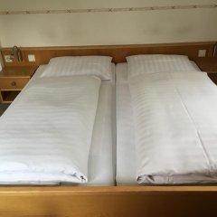 Отель Gästehaus Drexl сейф в номере
