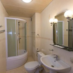 Гостиница Пансионат Радуга в Геленджике 5 отзывов об отеле, цены и фото номеров - забронировать гостиницу Пансионат Радуга онлайн Геленджик ванная фото 2