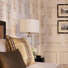 Four Seasons Hotel Prague 5* Люкс с двуспальной кроватью фото 9