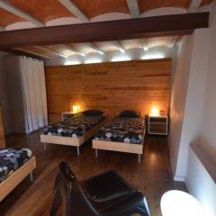 Отель Can Fruitós Испания, Бесалу - отзывы, цены и фото номеров - забронировать отель Can Fruitós онлайн комната для гостей фото 2