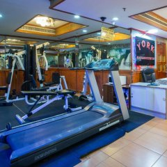 York International Hotel фитнесс-зал фото 3