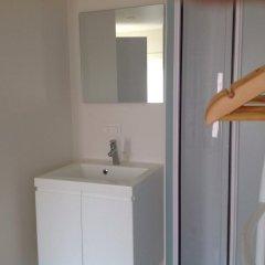 Отель Holiday Home t' Keerske Бельгия, Брюгге - отзывы, цены и фото номеров - забронировать отель Holiday Home t' Keerske онлайн ванная фото 2