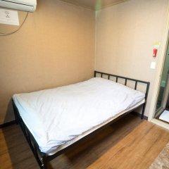 Beewon Guest House - Hostel Стандартный номер с двуспальной кроватью фото 9