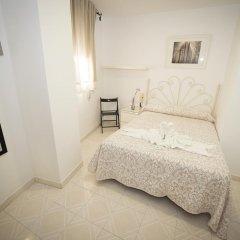 Отель Hostal Avenida Испания, Кониль-де-ла-Фронтера - отзывы, цены и фото номеров - забронировать отель Hostal Avenida онлайн комната для гостей фото 2