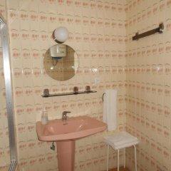 Отель Pension Perez Montilla 2* Стандартный номер с 2 отдельными кроватями (общая ванная комната)