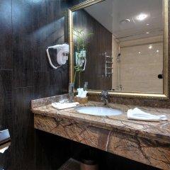 Гостиница Мандарин Москва 4* Улучшенный номер с двуспальной кроватью фото 3