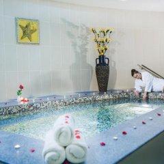Concorde Fujairah Hotel бассейн