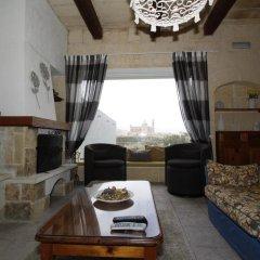 Отель Twilight Holiday Home Мальта, Гасри - отзывы, цены и фото номеров - забронировать отель Twilight Holiday Home онлайн комната для гостей фото 4