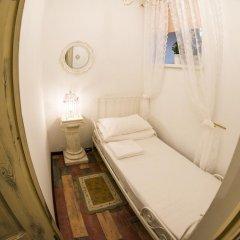 Хостел GOROD Патриаршие Стандартный номер с различными типами кроватей (общая ванная комната) фото 4